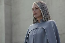 mockingjay2-coin